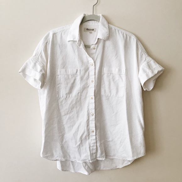 7d1b0319cf8b20 Madewell Tops - Madewell White cotton courier shirt size small